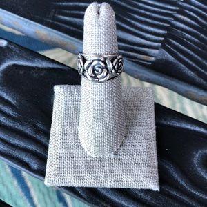 Jewelry - Silver Three Rose Ring